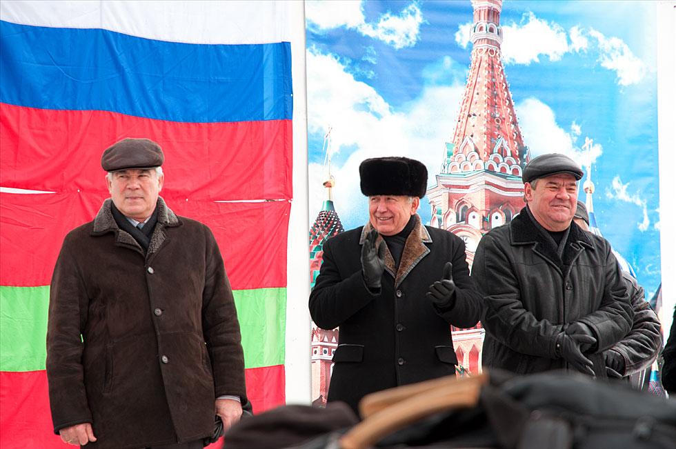 Митинга на площадке у кинотеатра «Тирасполь»  в поддержку российских миротворцев, а также кандидата в Президенты России Владимира Путина (9)