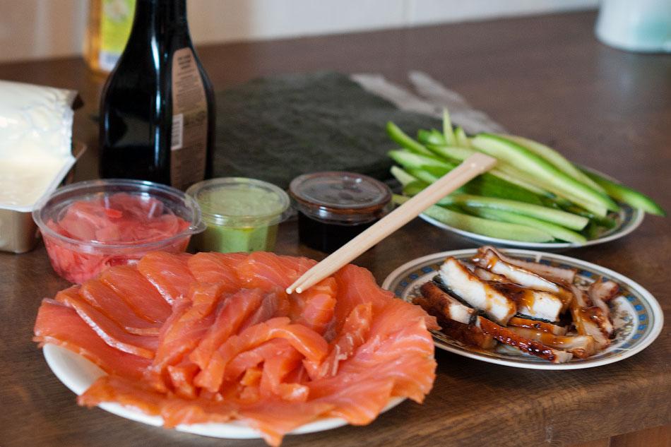 Японская кухня - готовим суши, делаем роллы (5)
