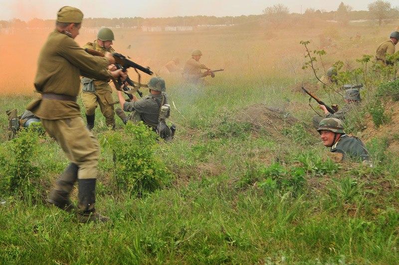 Битва за Берлин - реконструкция одного из сражений Великой Отечественной (3)