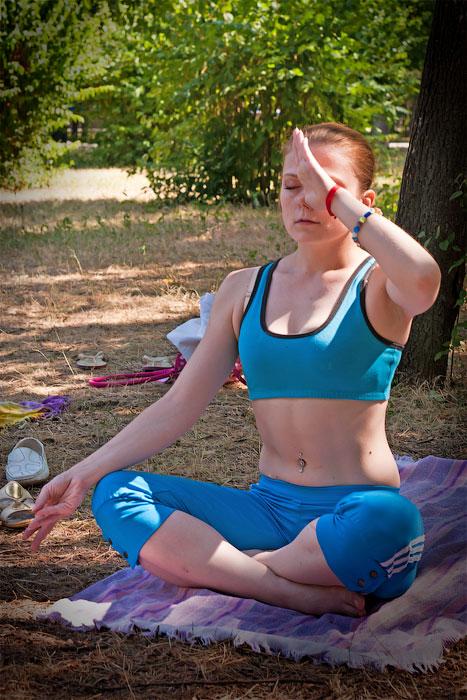 Йоги в городе! Фотопрогулка по Тирасполю - 1 июля 2012 года. (7)
