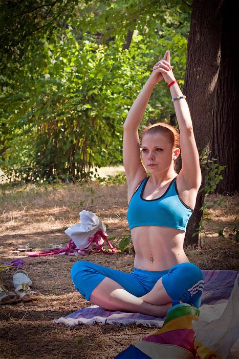 Йоги в городе! Фотопрогулка по Тирасполю - 1 июля 2012 года. (10)