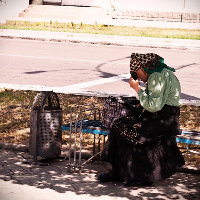 Йоги в городе! Фотопрогулка по Тирасполю - 1 июля 2012 года. (18)