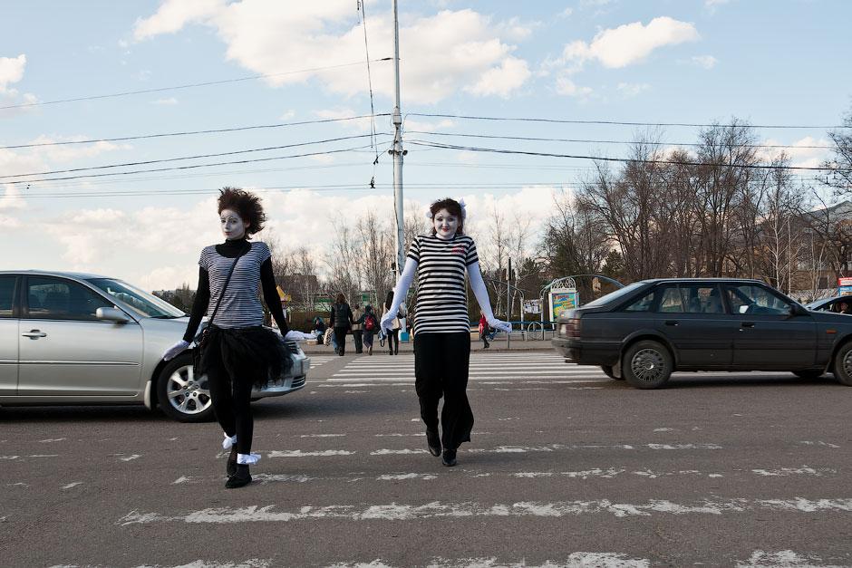 Мимы на улицах Тирасполя (18)