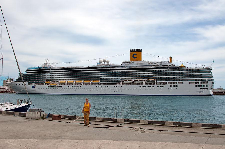 Кораблики в Ялте (8)