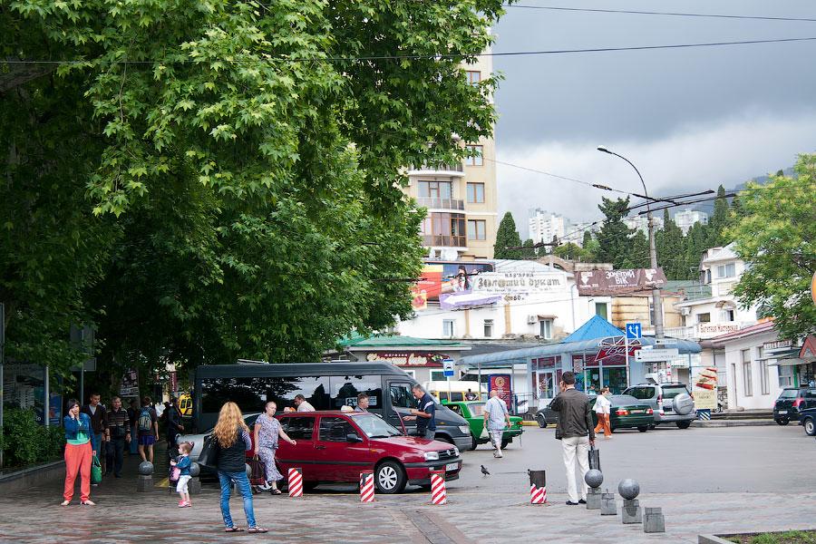 Дождливый день в Ялте (5)