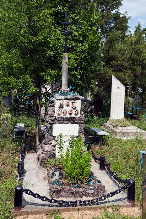 о забытой могиле на дальнем кладбище Тирасполя