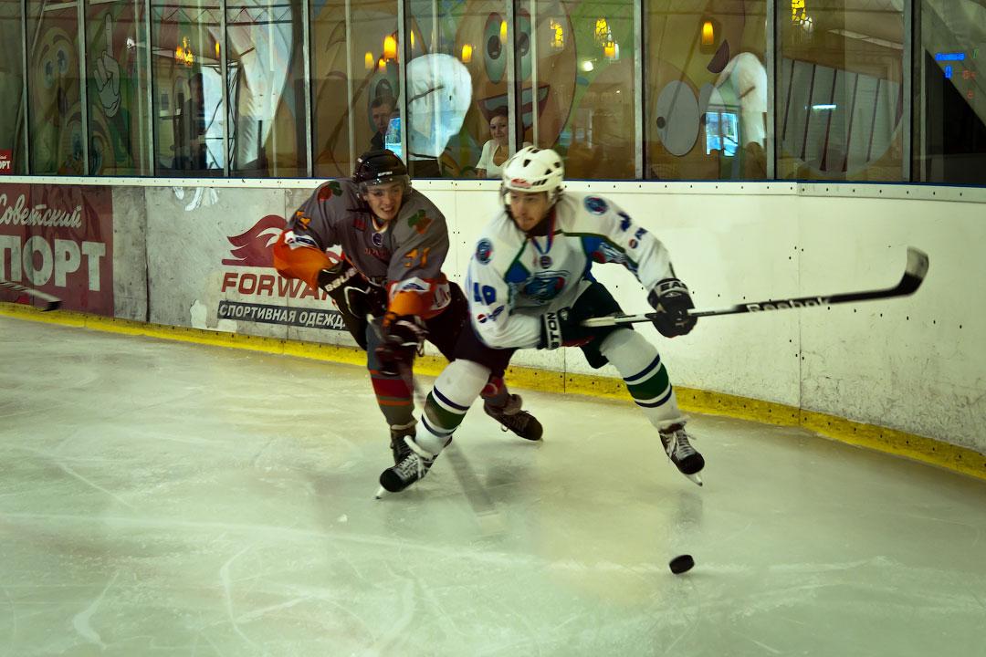 Хоккей в Тирасполе: Платина - Беркуты Кубани (1)