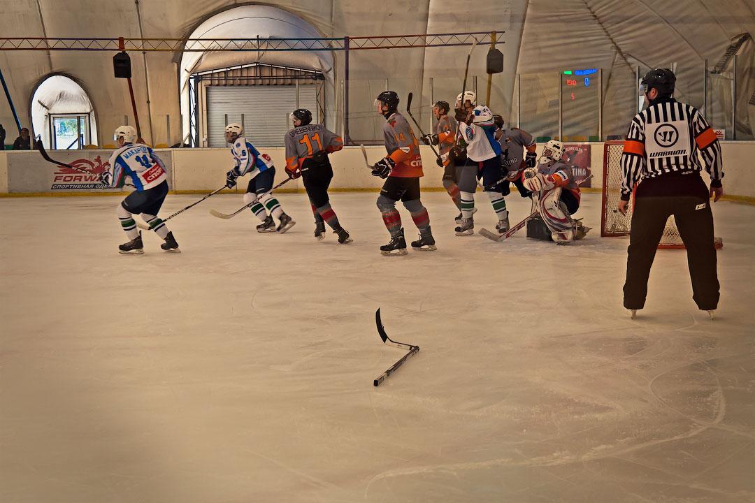 Хоккей в Тирасполе: Платина - Беркуты Кубани (2)