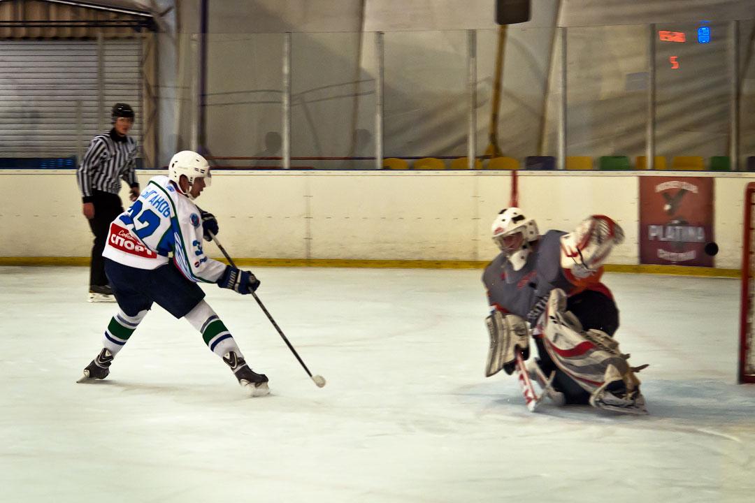 Хоккей в Тирасполе: Платина - Беркуты Кубани (3)
