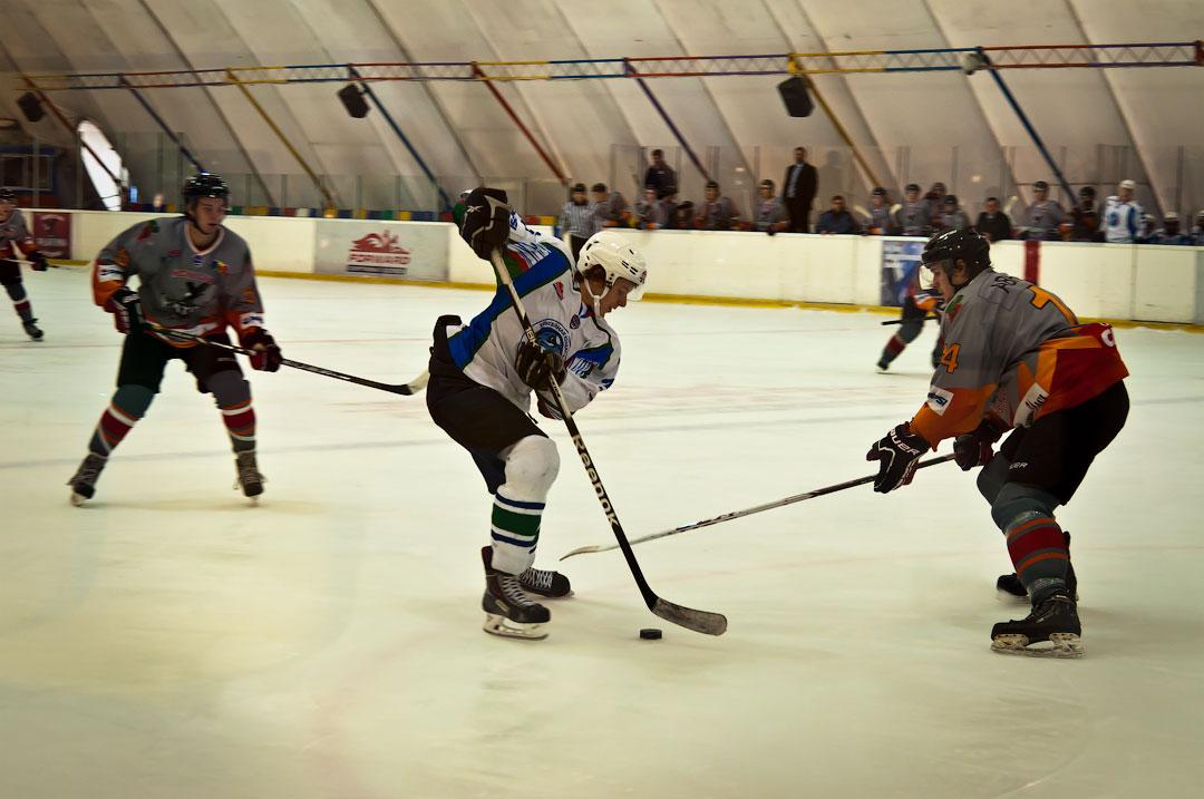 Хоккей в Тирасполе: Платина - Беркуты Кубани (4)